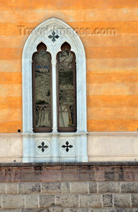 sardinia230: Sassari / Tàthari , Sassari province, Sardinia / Sardegna / Sardigna: window at Palazzo Giordano, designed by Giuseppe Pasquali and Luigi Fasoli - Piazza d' Italia - photo by M.Torres - (c) Travel-Images.com - Stock Photography agency - Image Bank