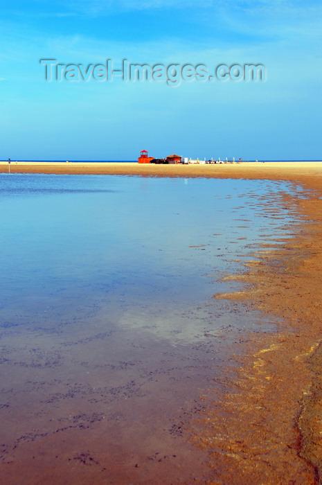 sardinia231: Baia di Chia, Domus de Maria municipality, Cagliari province, Sardinia / Sardegna / Sardigna: lagoon and beach - the Mediterranean Sea is a thin line on the horizon - photo by M.Torres - (c) Travel-Images.com - Stock Photography agency - Image Bank