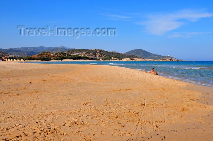 sardinia240: Baia di Chia, Domus de Maria municipality, Cagliari province, Sardinia / Sardegna / Sardigna: beach - view towards Cape Spartivento - photo by M.Torres - (c) Travel-Images.com - Stock Photography agency - Image Bank