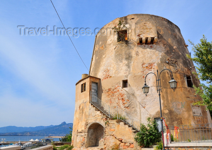 sardinia27: Arbatax / Arbatassa, Tortolì, Ogliastra province, Sardinia / Sardegna / Sardigna: Saracen watchtower - Via Lungomare - photo by M.Torres - (c) Travel-Images.com - Stock Photography agency - Image Bank