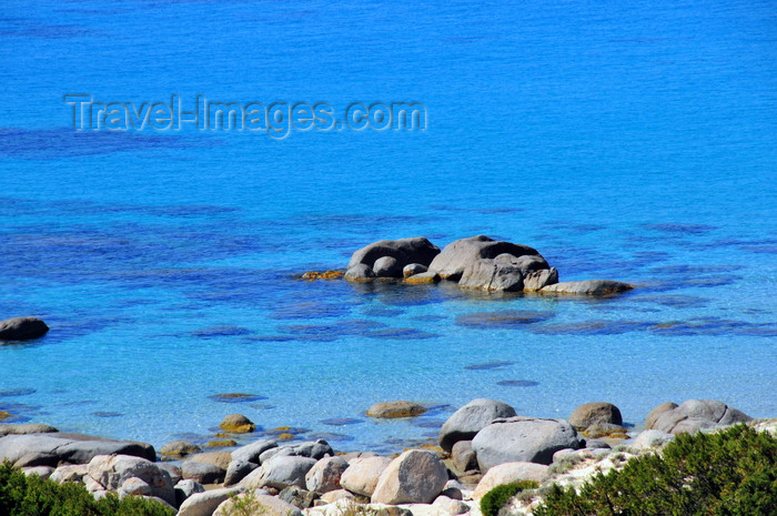 sardinia270: Villasimius municipality, Cagliari province, Sardinia / Sardegna / Sardigna: tropical looking waters of the Golfo di Carbonara - blue sea and rocks - photo by M.Torres - (c) Travel-Images.com - Stock Photography agency - Image Bank