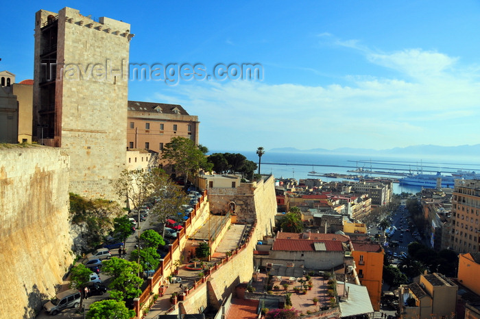 sardinia303: Cagliari, Sardinia / Sardegna / Sardigna: Elephant Tower / Torre dell'Elefante, University Rectory, Balice bastion - view over the city and harbour, Golfo degli Angeli - Largo Carlo Felice - quartiere Castello - photo by M.Torres - (c) Travel-Images.com - Stock Photography agency - Image Bank