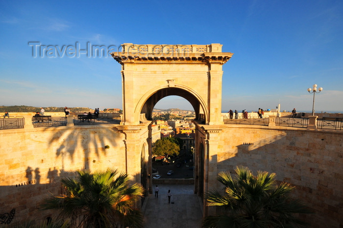 sardinia315: Cagliari, Sardinia / Sardegna / Sardigna: Bastione Saint Remy - lat 19th century construction erected over the Spanish Zecca and Sperone bastions - quartiere Castello - photo by M.Torres - (c) Travel-Images.com - Stock Photography agency - Image Bank