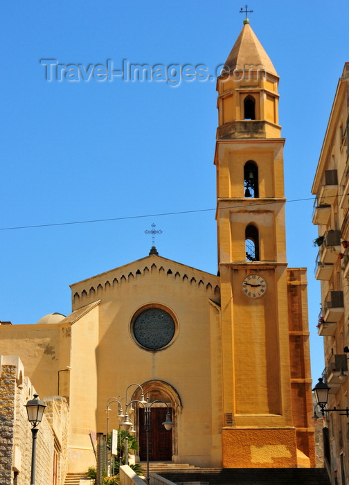 sardinia331: Cagliari, Sardinia / Sardegna / Sardigna: Collegiate Church of Santa Eulalia - named after martyr Eulalia, patroness of Barcelona - built by the Aragonese in Catalan-Gothic style - Piazza St. Eulalia - Marina district - photo by M.Torres - (c) Travel-Images.com - Stock Photography agency - Image Bank