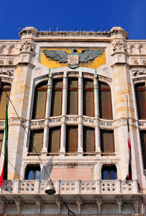 sardinia351: Cagliari, Sardinia / Sardegna / Sardigna: Art Nouveau window and eagle with the city's arms - façade of the City Hall / Palazzo Civico - Via Roma - Piazza Matteotti - quartiere Stampace - photo by M.Torres - (c) Travel-Images.com - Stock Photography agency - Image Bank