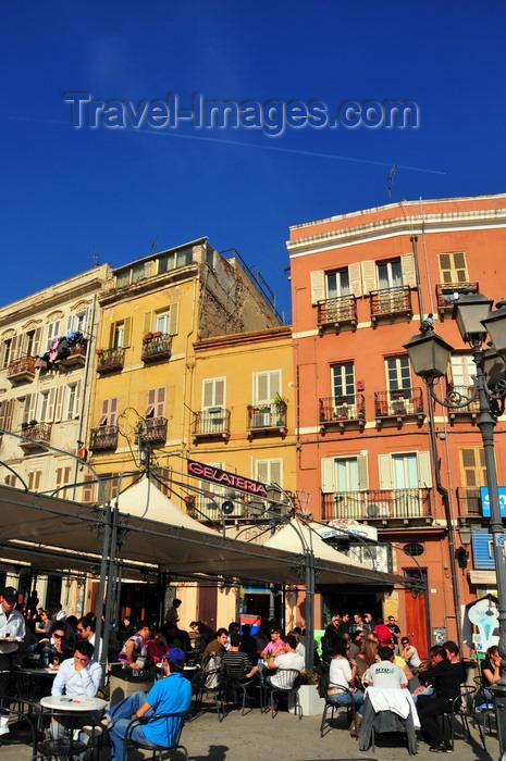 sardinia357: Cagliari, Sardinia / Sardegna / Sardigna: Gelateria on Piazza Yenne - pavement café - quartiere di Stampace - photo by M.Torres - (c) Travel-Images.com - Stock Photography agency - Image Bank