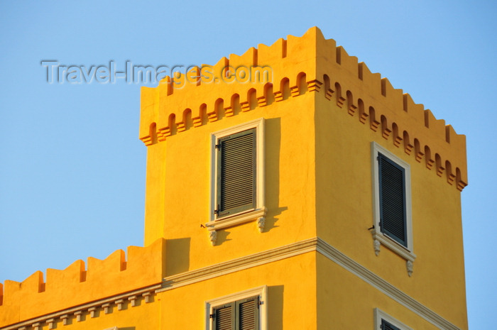sardinia363: Cagliari, Sardinia / Sardegna / Sardigna: medieval style observation tower in a residential building - altana - photo by M.Torres - (c) Travel-Images.com - Stock Photography agency - Image Bank