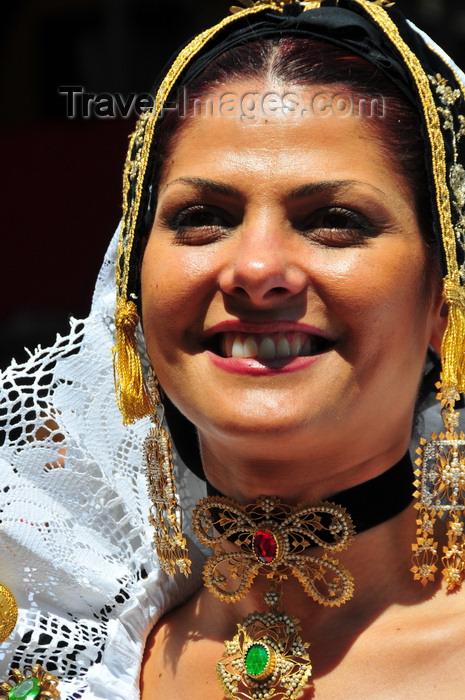 sardinia401: Cagliari, Sardinia / Sardegna / Sardigna: Feast of Sant'Efisio / Sagra di Sant'Efisio - Sardinian traditional costumes - woman from Selargius - photo by M.Torres - photo by M.Torres - (c) Travel-Images.com - Stock Photography agency - Image Bank