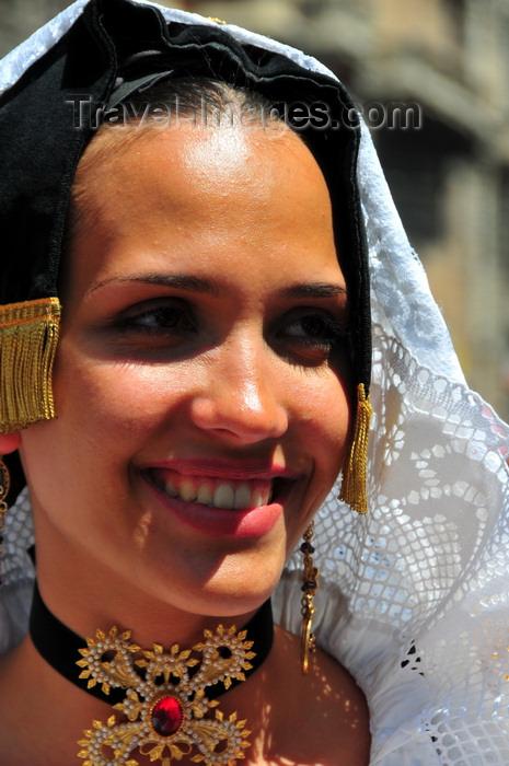 sardinia402: Cagliari, Sardinia / Sardegna / Sardigna: Feast of Sant'Efisio / Sagra di Sant'Efisio - beautiful Sardinian face - young woman in traditional attire from Selargius - photo by M.Torres - (c) Travel-Images.com - Stock Photography agency - Image Bank