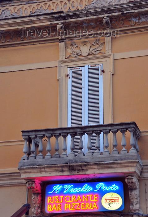 sardinia5: Olbia / Terranoa / Tarranoa, Olbia-Tempio province, Sardinia / Sardegna / Sardigna: balcony over Il Vecchio Porto restaurant - Corso Umberto I - photo by M.Torres - (c) Travel-Images.com - Stock Photography agency - Image Bank