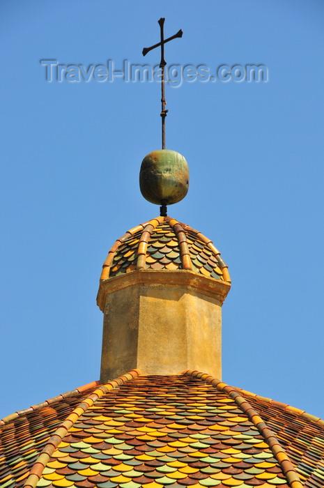 sardinia65: Las Plassas / Is Pratzas, Medio Campidano province, Sardinia / Sardegna / Sardigna: Church of Santa Maria Maddalena - dome with colourful shingles - photo by M.Torres - (c) Travel-Images.com - Stock Photography agency - Image Bank