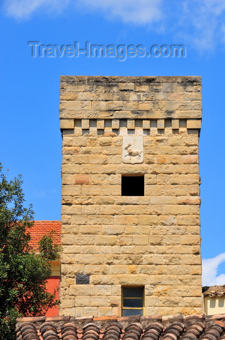 sardinia72: Tuili, Medio Campidano province, Sardinia / Sardegna / Sardigna: Villa Pitzalis - tower wilh coat of arms bearing a goat - altana - photo by M.Torres - (c) Travel-Images.com - Stock Photography agency - Image Bank