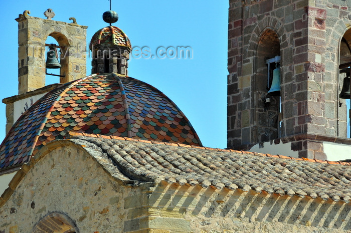 sardinia86: Barumini , Medio Campidano province, Sardinia / Sardegna / Sardigna: Church of the Immaculate Conception - dome, roofs and Neapolitan bells - Chiesa Parrocchiale dell'Immacolata - photo by M.Torres - (c) Travel-Images.com - Stock Photography agency - Image Bank