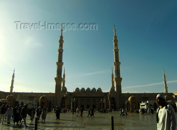 saudi-arabia171: Medina / Madinah, Saudi Arabia: Masjid Al Nabawi or Mosque of the Prophet - Ottoman and Saudi architecture - photo by A.Faizal - (c) Travel-Images.com - Stock Photography agency - Image Bank