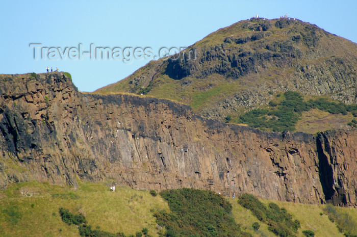 scot120: Scotland - Edinburgh: Arthur's Seat, an extinct volcano, sits in the middle ofthe City - photo by C.McEachern - (c) Travel-Images.com - Stock Photography agency - Image Bank