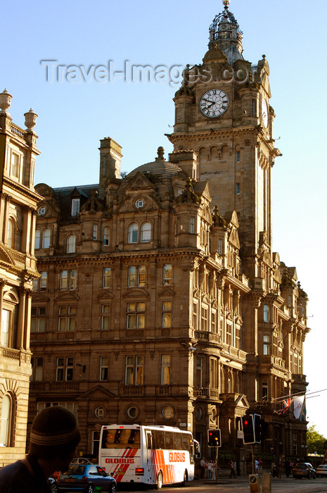 scot139: Scotland - Edinburgh: Exterior of the Balmoral Hotel - by architect W. Hamilton Beattie - Victorian and traditional Scottish baronial style - former North British Hotel - Princes Street - photo by C.McEachern - (c) Travel-Images.com - Stock Photography agency - Image Bank