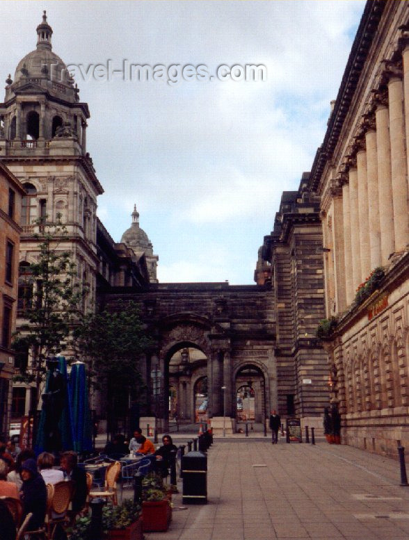 scot14: Scotland - Ecosse - Glasgow / GLA : by the City Chambers - George Square - photo by M.Torres - (c) Travel-Images.com - Stock Photography agency - Image Bank