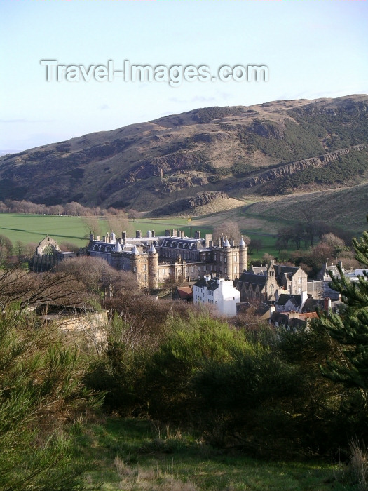 scot78: Scotland - Ecosse - Edinburgh: Holyrood house from afar - designed by Sir William Bruce, 1st Baronet, of Balcaskie - photo R.Wallace - (c) Travel-Images.com - Stock Photography agency - Image Bank