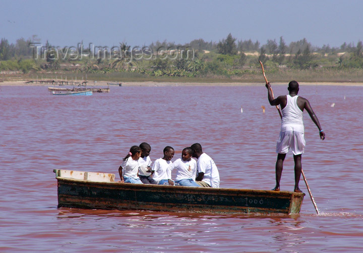 senegal16: Senegal - Lake Retba or Lake Rose: going for a ride on the lake - photo by G.Frysinger - (c) Travel-Images.com - Stock Photography agency - Image Bank