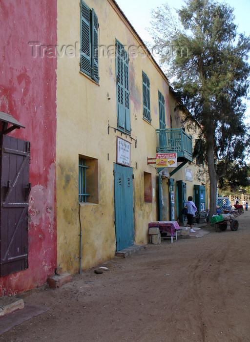 senegal39: Senegal - Gorée Island: old houses - photo by G.Frysinger - (c) Travel-Images.com - Stock Photography agency - Image Bank