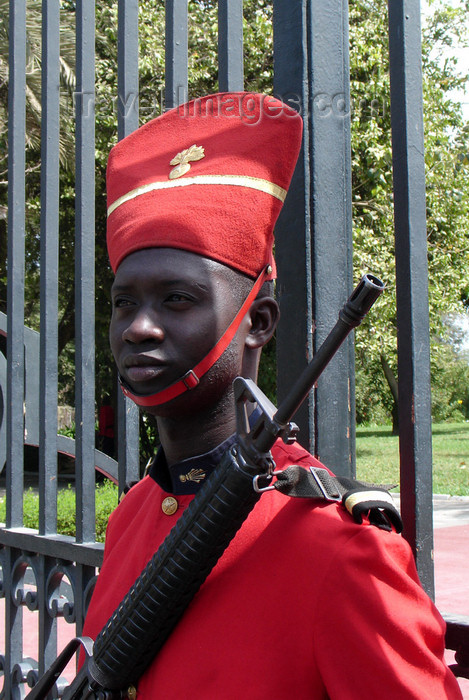 senegal52: Senegal - Dakar: presidential Palace Guard - photo by G.Frysinger - (c) Travel-Images.com - Stock Photography agency - Image Bank