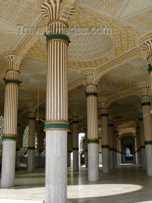 senegal87: Senegal - Touba - Great mosque - interior decoration - photo by G.Frysinger - (c) Travel-Images.com - Stock Photography agency - Image Bank