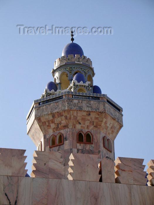 senegal89: Senegal - Touba - Great mosque - minaret detail - photo by G.Frysinger - (c) Travel-Images.com - Stock Photography agency - Image Bank