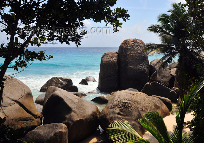 seychelles101: Mahe, Seychelles: Glacis - rocks, sea and palm trees - photo by M.Torres - (c) Travel-Images.com - Stock Photography agency - Image Bank