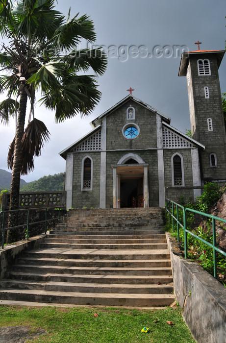 seychelles114: Mahe, Seychelles: Port Glaud - Catholic church - photo by M.Torres - (c) Travel-Images.com - Stock Photography agency - Image Bank