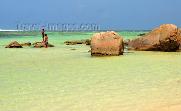 seychelles127: Mahe, Seychelles: Anse Royal - shallow water and boulders - photo by M.Torres - (c) Travel-Images.com - Stock Photography agency - Image Bank