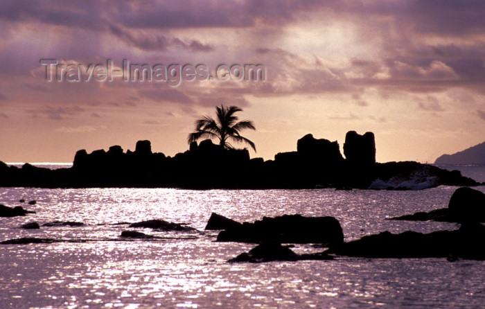 seychelles24: Seychelles - Mahe island: Beau Vallon beach - photo by F.Rigaud - (c) Travel-Images.com - Stock Photography agency - Image Bank