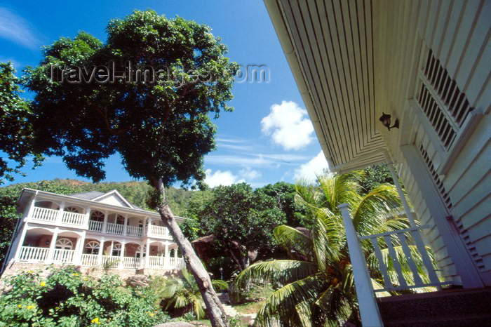 seychelles46: Seychelles - Praslin island: in the jungle - Hotel La Reserve - photo by F.Rigaud - (c) Travel-Images.com - Stock Photography agency - Image Bank