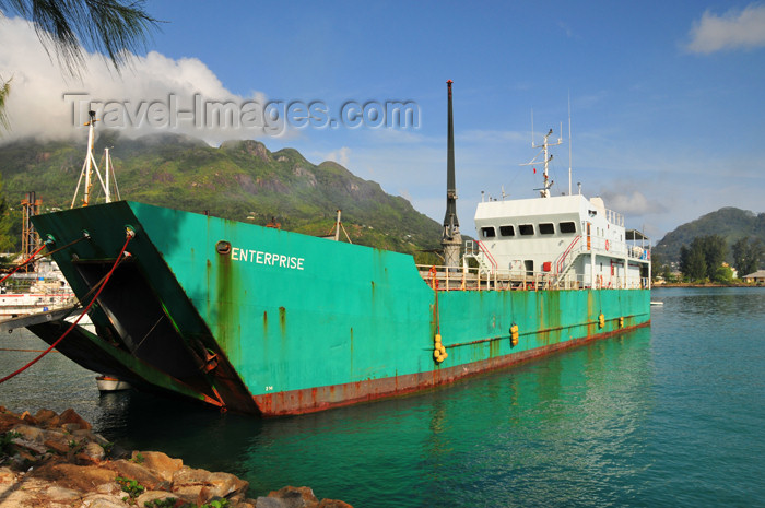 seychelles91: Mahe, Seychelles: Victoria - in the port - small freighter - photo by M.Torres - (c) Travel-Images.com - Stock Photography agency - Image Bank