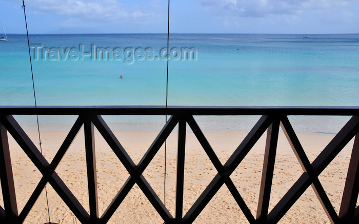 seychelles93: Mahe, Seychelles: Baie Beau Vallon - sky, sea, sand and railing - photo by M.Torres - (c) Travel-Images.com - Stock Photography agency - Image Bank
