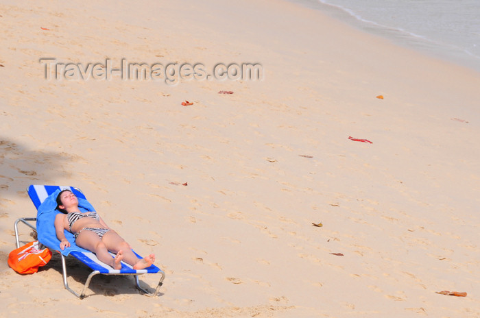 seychelles94: Mahe, Seychelles: Baie Beau Vallon - Coral Strand Hotel - tranquil morning on the beach - woman, chair, sand - photo by M.Torres - (c) Travel-Images.com - Stock Photography agency - Image Bank