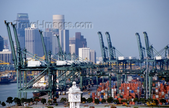 sing91: Singapore - Port of Singapore - cranes and containers - photo by S.Lovegrove - (c) Travel-Images.com - Stock Photography agency - Image Bank