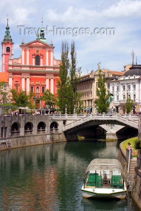 slovenia110: View across Ljubljanica / Laibach river to Preseren square - Triple bridge, Franciscan church and the Central Pharmacy, Ljubljana, Slovenia - photo by I.Middleton - (c) Travel-Images.com - Stock Photography agency - Image Bank