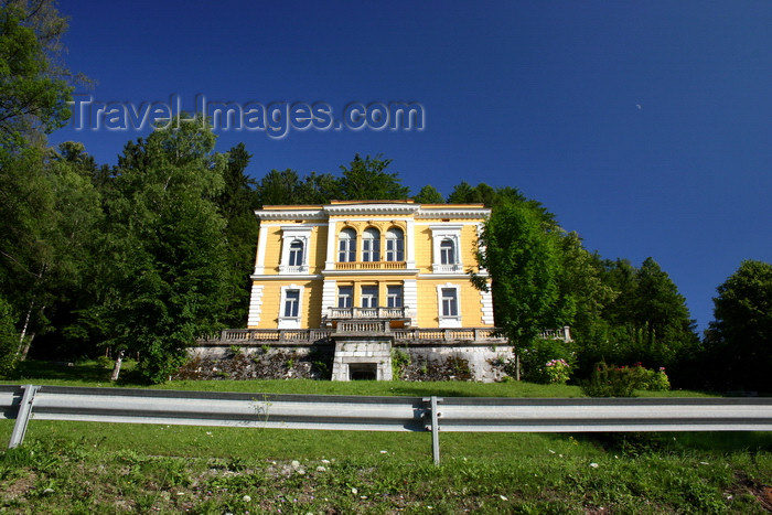 slovenia159: Slovenia - Bled: manor house - photo by I.Middleton - (c) Travel-Images.com - Stock Photography agency - Image Bank