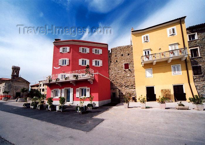 slovenia418: Slovenia - Piran: colourful facades along the promenade - Presernovo nabrezje - photo by M.Torres - (c) Travel-Images.com - Stock Photography agency - Image Bank