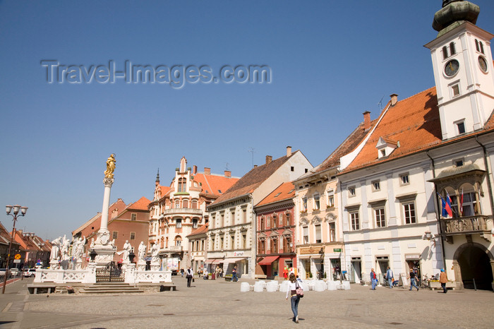 slovenia434: Glavni Trg - main square, Maribor, Slovenia - photo by I.Middleton - (c) Travel-Images.com - Stock Photography agency - Image Bank