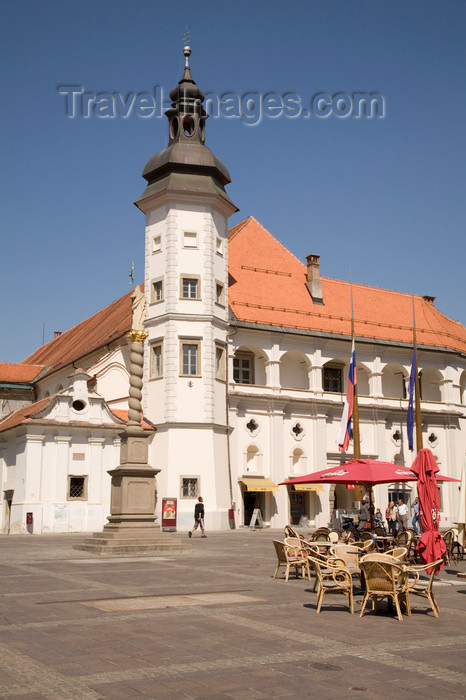 slovenia446: Grajski Trg, Castle and museum - built by Emperor Friderik III, Maribor, Slovenia - photo by I.Middleton - (c) Travel-Images.com - Stock Photography agency - Image Bank