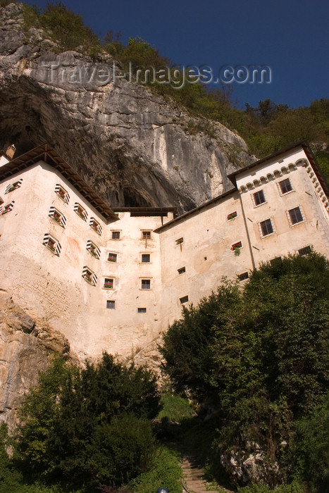 slovenia541: Predjama castle and the limestone cliff - Renaissance fortification, Slovenia - photo by I.Middleton - (c) Travel-Images.com - Stock Photography agency - Image Bank