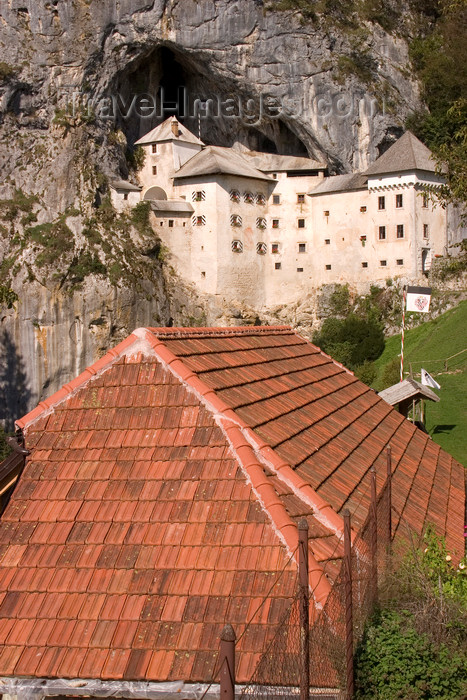 slovenia552: Predjama castle and red roof, Slovenia - photo by I.Middleton - (c) Travel-Images.com - Stock Photography agency - Image Bank
