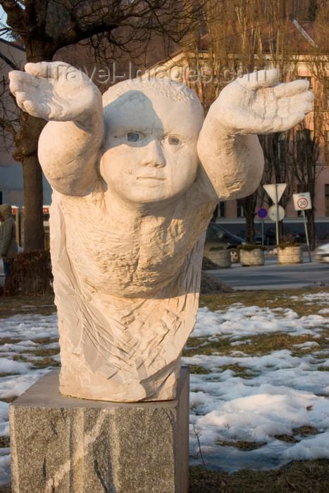 slovenia65: Statue outside Gruber Palace - Zvezdarska ulica, Ljubljana, Slovenia - photo by I.Middleton - (c) Travel-Images.com - Stock Photography agency - Image Bank