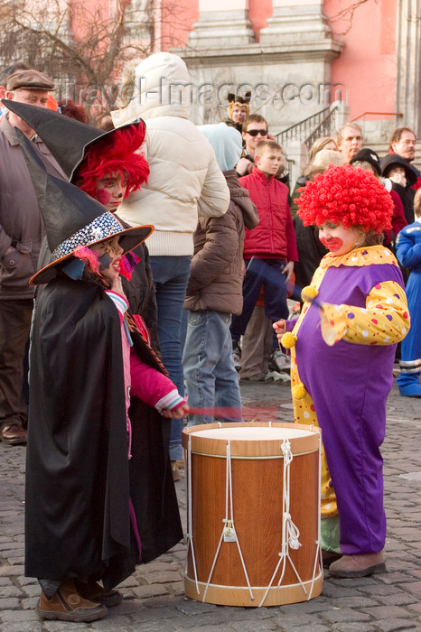 slovenia721: Slovenia - Ljubliana: Pust celebrations - clown and witches - photo by I.Middleton - (c) Travel-Images.com - Stock Photography agency - Image Bank