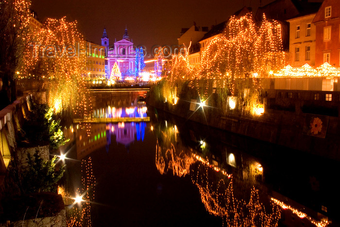 slovenia77: Ljubljanica Riverbanks and the Franciscan church at night - Christmas lights, Ljubljana , Slovenia - photo by I.Middleton - (c) Travel-Images.com - Stock Photography agency - Image Bank