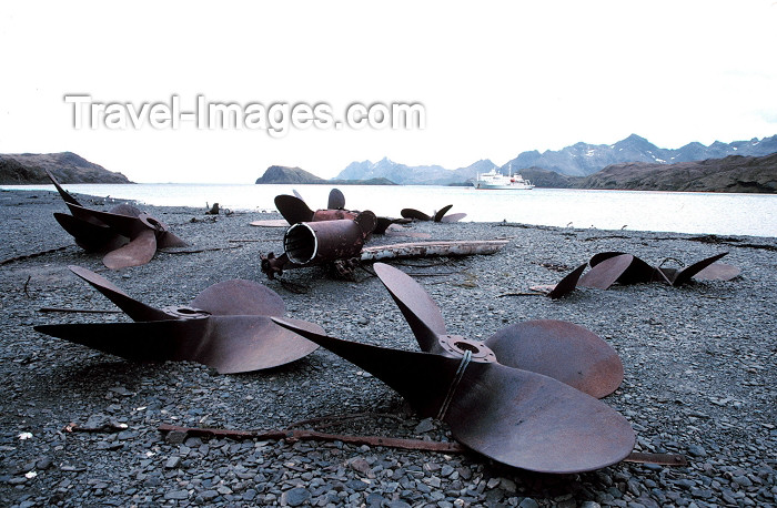 south-georgia5: South Georgia - Stromness: discarded propellers from the derelict whaling station (photo by R.Eime) - (c) Travel-Images.com - Stock Photography agency - Image Bank