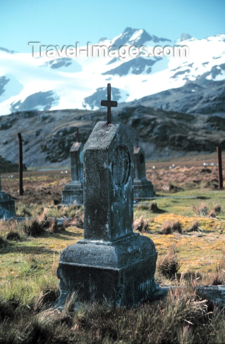 south-georgia6: South Georgia - Stromness: whalers cemetery (photo by R.Eime) - (c) Travel-Images.com - Stock Photography agency - Image Bank