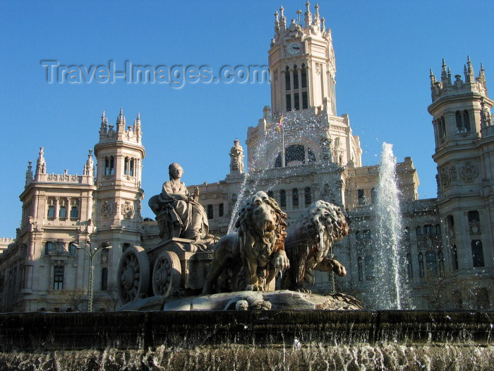 spai152: Spain / España - Madrid: Palace of Communications and Cibeles fountain - photo by A.Hernandez - (c) Travel-Images.com - Stock Photography agency - Image Bank