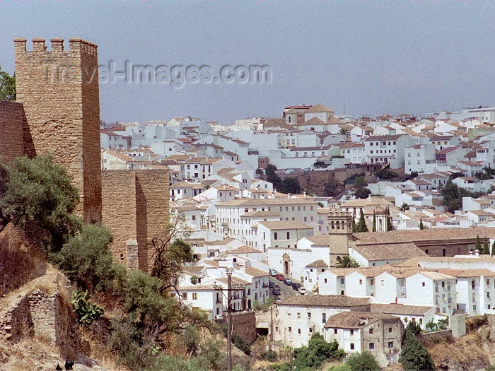 spai178: Spain / España - Ronda  (Andalucia - provincia de Malaga): along the walls / murallas - photo by M.Bergsma - (c) Travel-Images.com - Stock Photography agency - Image Bank